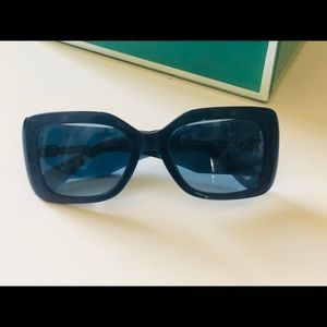 New in case CHANEL Rectangular Sunglasses-Blue